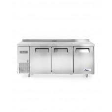 233382 Стол холодильный Kitchen Line 600 - 3-дверный, с боковым расположением агрегата Hendi